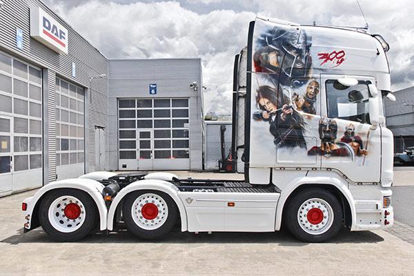 Airbrush Truck - Karosserie und Lack